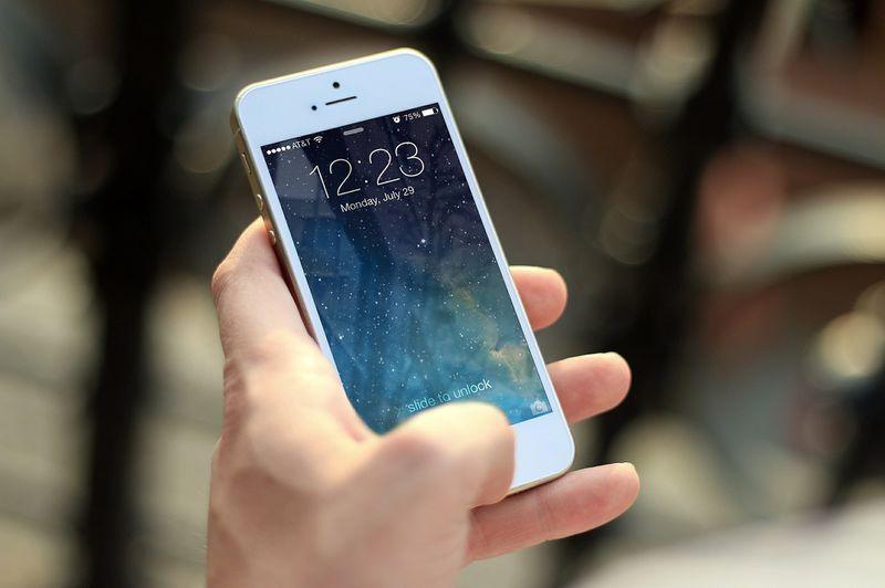 Smartphone-Revolution: Dieser Akku hält für 3 Monate