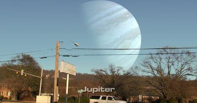 Andere Planeten so nah wie der Mond: Ein spektakuläres Video