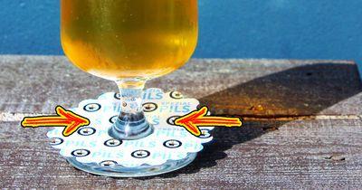 Weißt du, wie man das Papier am Bierglashals nennt?