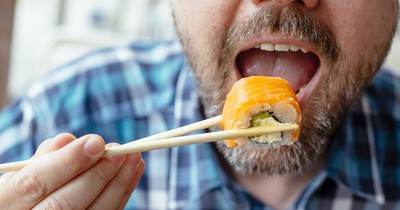 Triathlet isst 100 Sushi-Teller und erhält Hausverbot