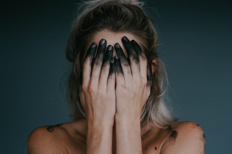 Selbstmordgedanken: Die häufigsten Warnzeichen