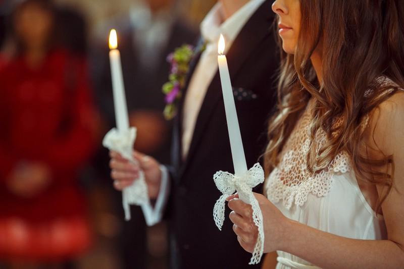 Ihre Familie hatte eine zündende Idee, was mit dem Brautkleid passieren sollte.