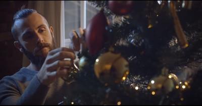 Dieses 50-Euro-Weihnachtsvideo bringt ganz Deutschland zum Weinen