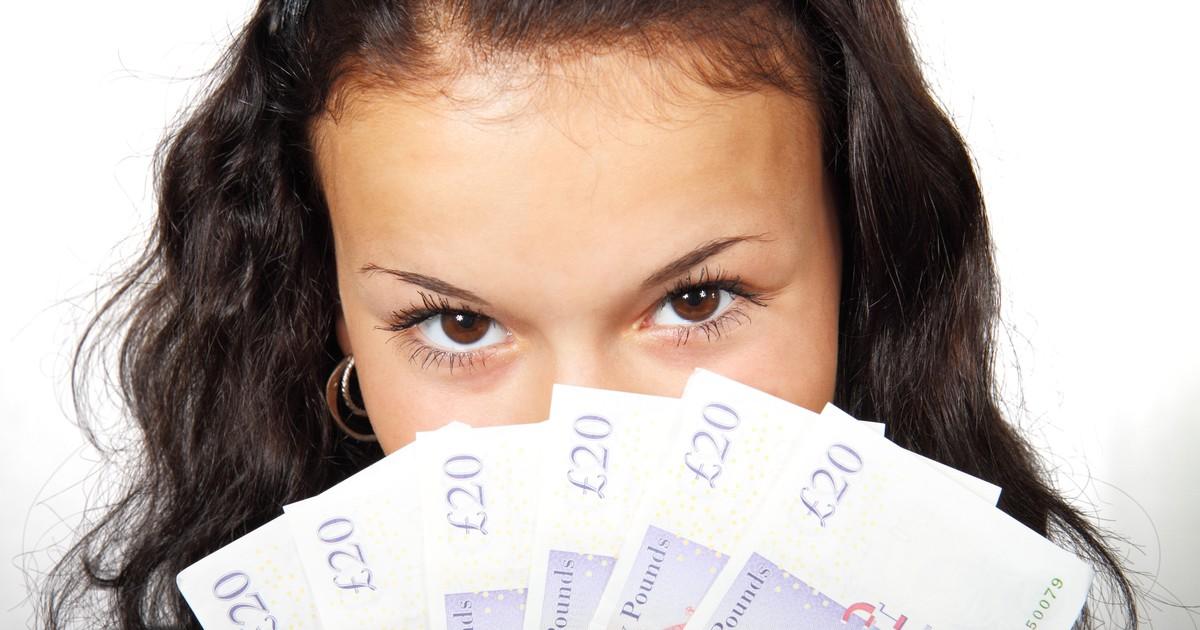 Sie machte aus 10€ eine Million - mit diesem Trick: