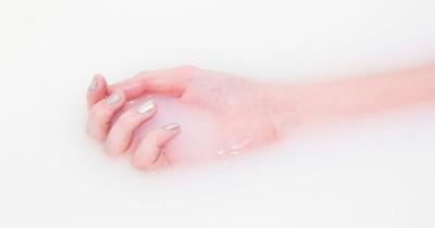 15-Jährige stirbt, weil ihr Handy in die Badewanne fällt