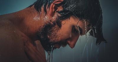 Kuriose Gedanken, die Menschen unter der Dusche haben