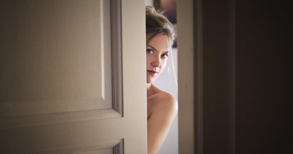 Peinlich: Mutter meines Tinder-Dates hat meinen Hintern nackt gesehen