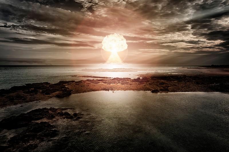 Für eine unerlaubte Nuklearexplosion scheint die Gefängnisstrafe relativ kurz zu sein.