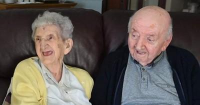 98-jährige Mutter zieht ins Altersheim, um sich um ihren Sohn zu kümmern