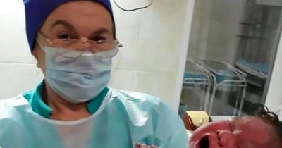 Frau bringt 6,3 Kilo-Baby zur Welt