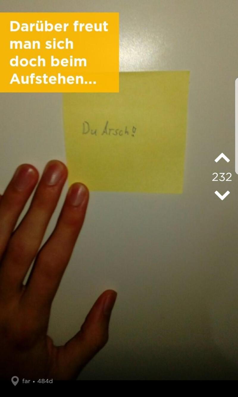 Jodler wacht betrunken auf und seine Freundin ist verschwunden - dann findet er einen Zettel