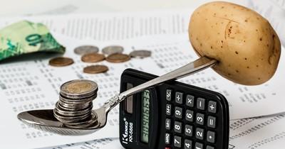 200 Euro im Monat sparen: 3 Tricks, mit denen es klappt