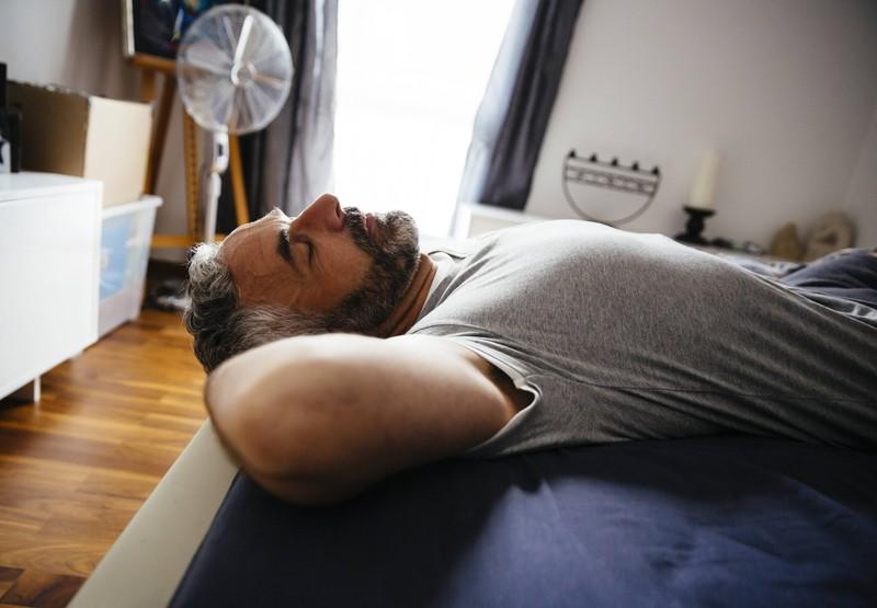 Einige Leute sind sogar hilfsbereit im Schlaf