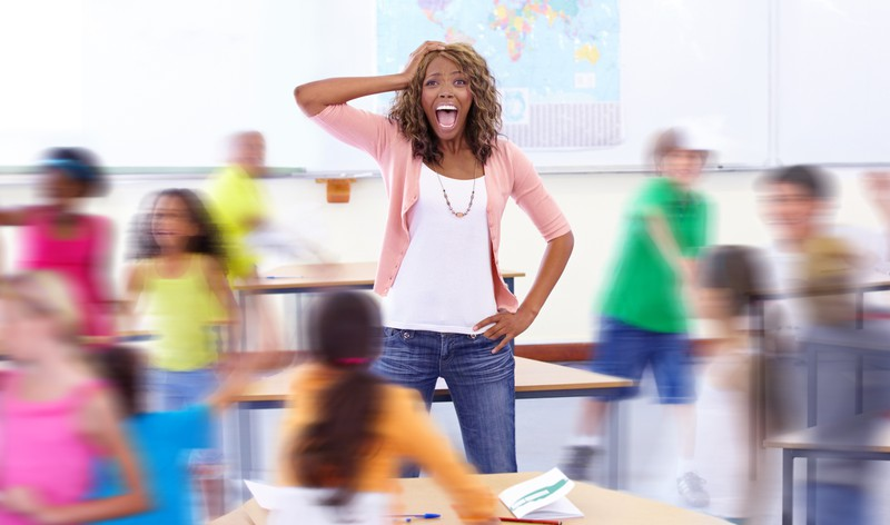 Lehrerin im Schul-Chaos