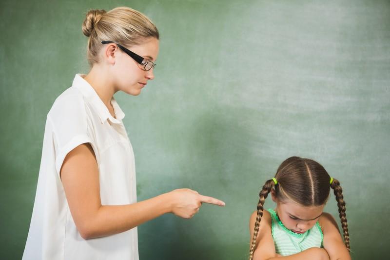 Lehrerin kann sich nicht durchsetzen