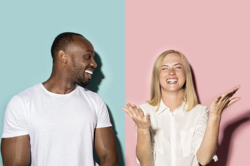 Frau und Mann haben Kommunikationsprobleme