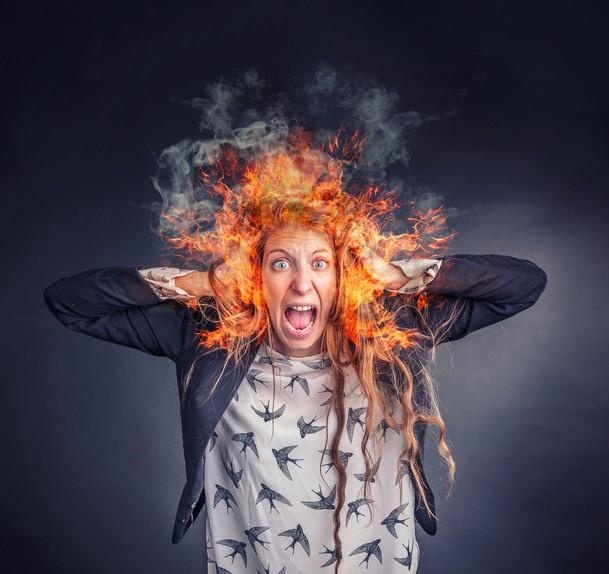 Frau brennen die Haare