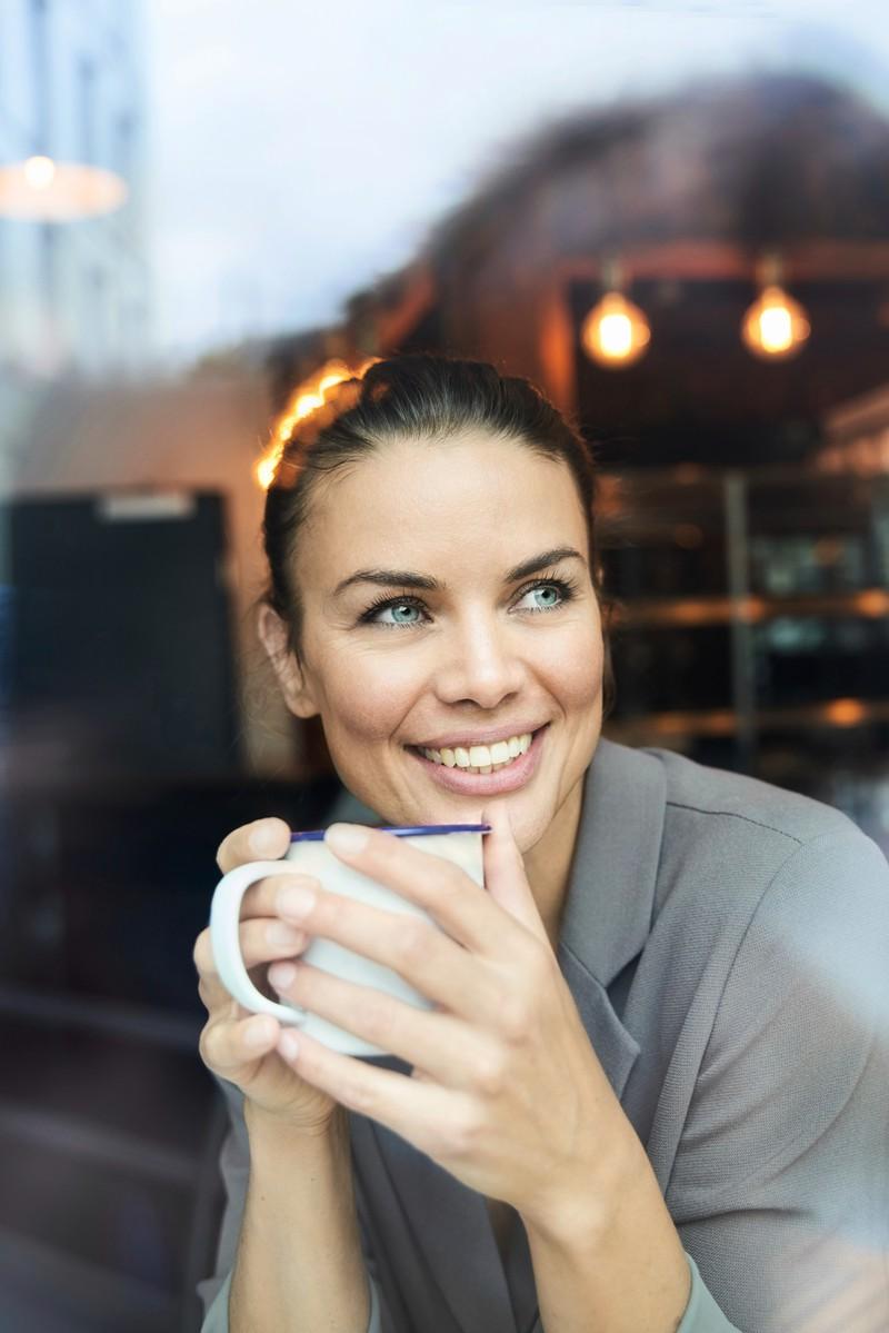 Man sollte viel Wasser, oder Tee trinken um den Körper zu stärken und eine Erkältung zu verhindern
