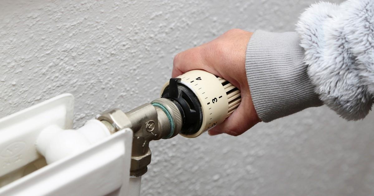 Heizkosten sparen: Warum ein vollaufgedrehter Thermostat nichts bringt