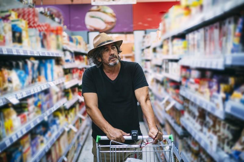 Es gibt 7 Dinge, die man beachten kann um im Supermarkt noch mehr Geld zu sparen