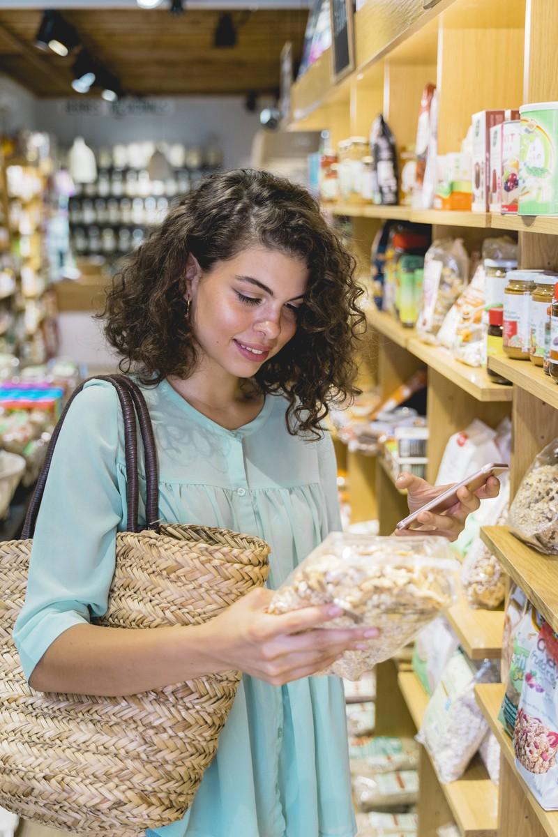 Geht man mit Einkaufszettel einkaufen, vermeidet man einen der 7 Supermarkt Fehler