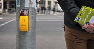 Wofür ist der Knopf unter der Fußgänger-Ampel wirklich da?