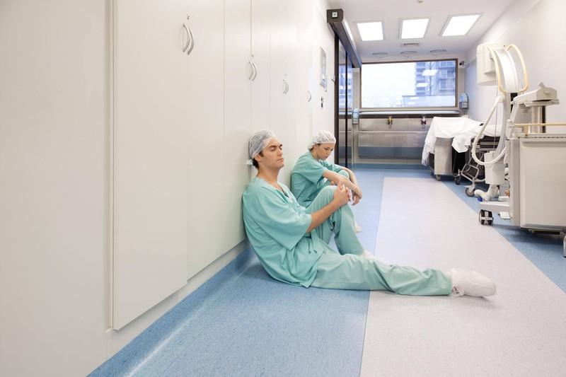 Manchmal möchte man als Krankenschwester seine Erlebnisse wieder vergessen.