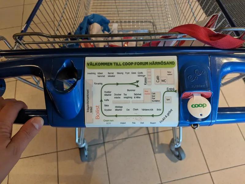 Es ist eine geniale Karte zu sehen die im Supermarkt alle Reihen anzeigt, was das hektische Umherlaufen überflüssig macht