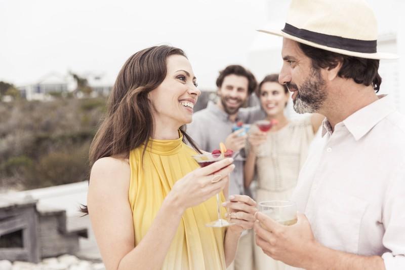 Manchmal fühlt eine Person in einer Freundschaft, wie der auf dem Bild, mehr als die andere, aber macht man dann einen Heiratsantrag?