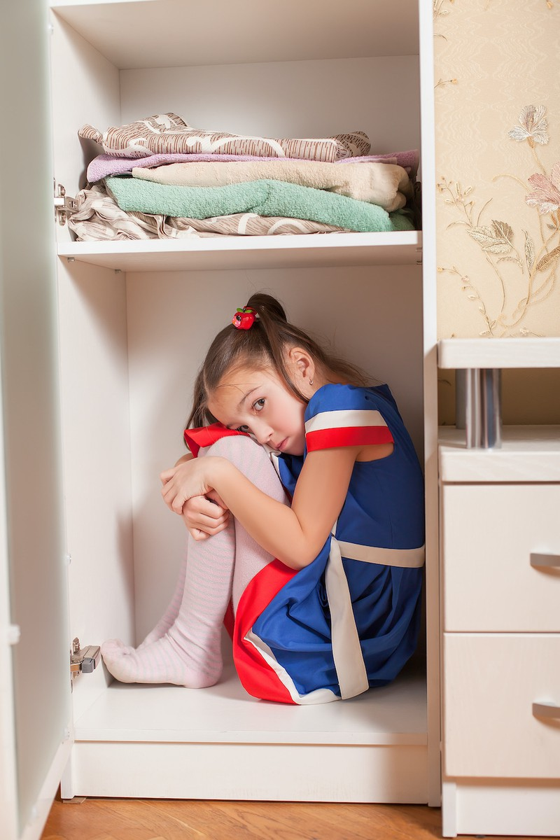 Manche eingebildeten Freunde leben im Kleiderschrank der Kinder.