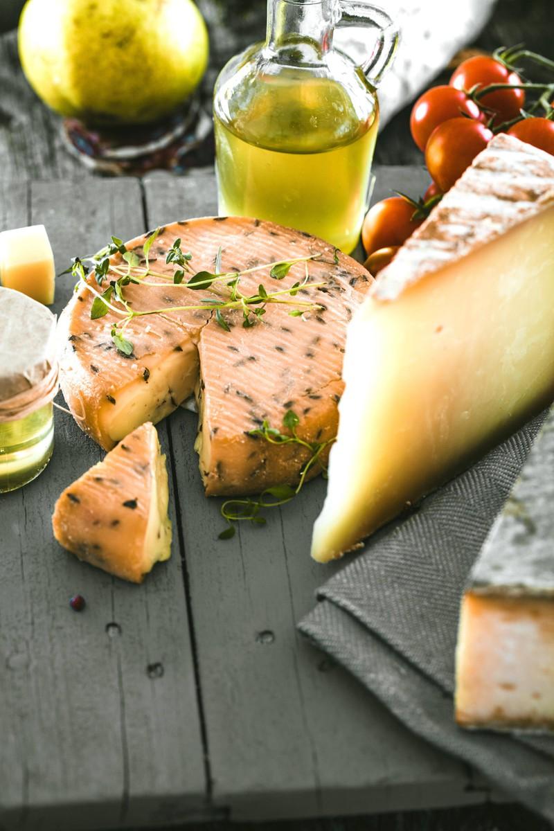 Die allermeisten Milchprodukte wie Käse und Co. können leider nicht eingefroren werden.