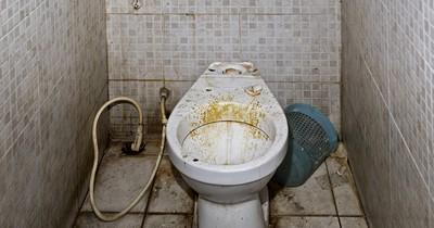7 ekelhafte Dinge, die auf dem Weg zur Toilette passiert sind