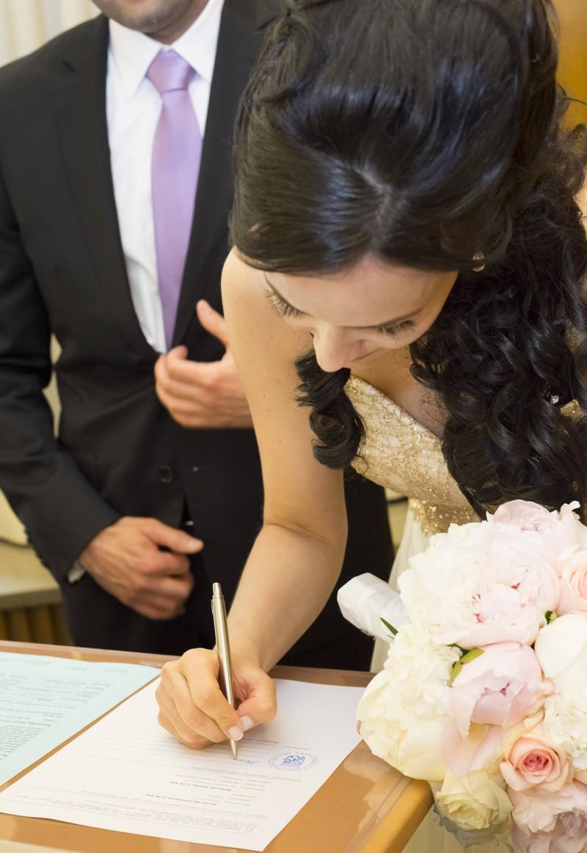Bei so vielen Namen war schon das Ausfüllen der Heiratsurkunde schlimm.
