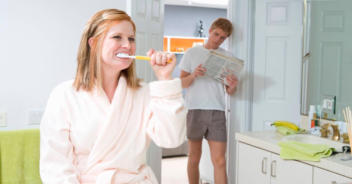 OJs Freund putzt sich nicht die Zähne - sie befürchtet das schlimmste
