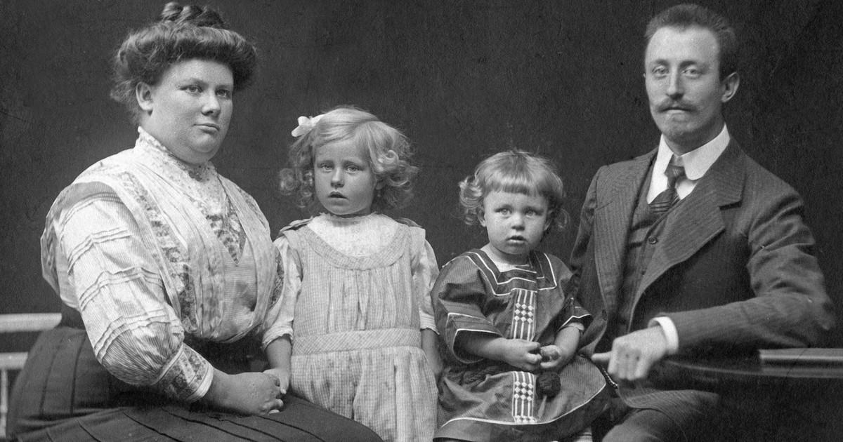 9 seltsame Familienfotos, die dich vor Scham im Boden versinken lassen