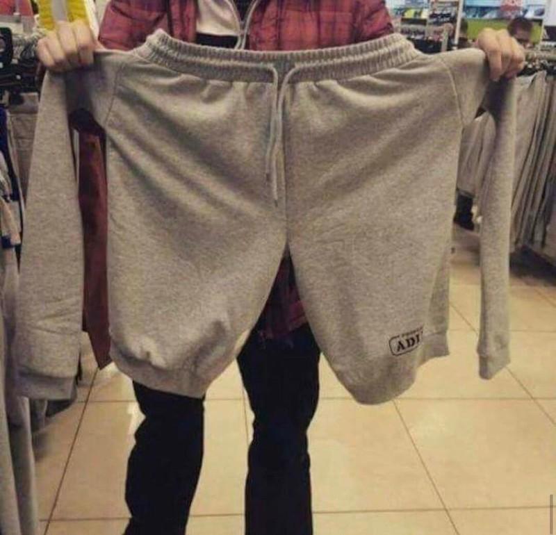 Diese Hose hat irgendwie zwei Arme zu viel.