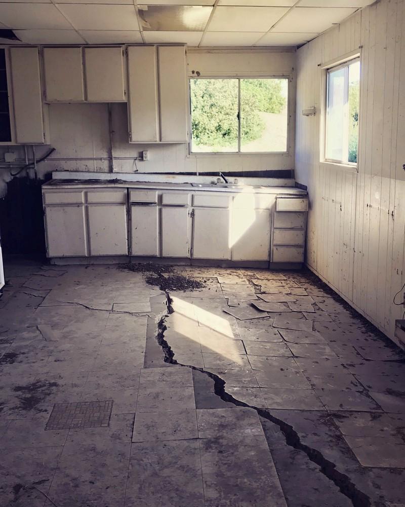 Das Bild von der Küche lässt einen ganz fiebrig werden.