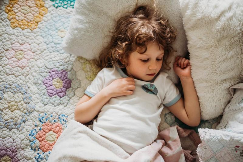 Die Eltern wissen, was ihr Kind nachts heimlich macht