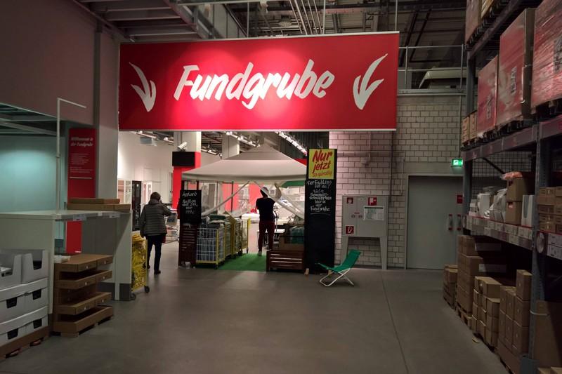 In der Fundgrube von IKEA findet man günstige Möbel