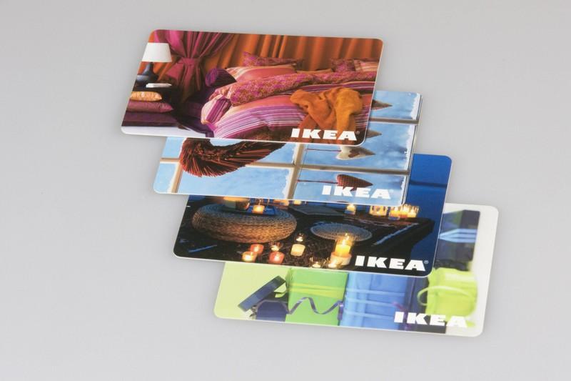 Mit verschiedenen IKEA Karten kann man einige Euros sparen