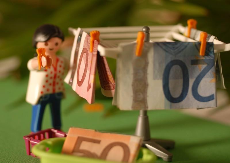 Der Wäschekorb ist kein geeigneter Platz zur Aufbewahrung von wertvollen Dingen.