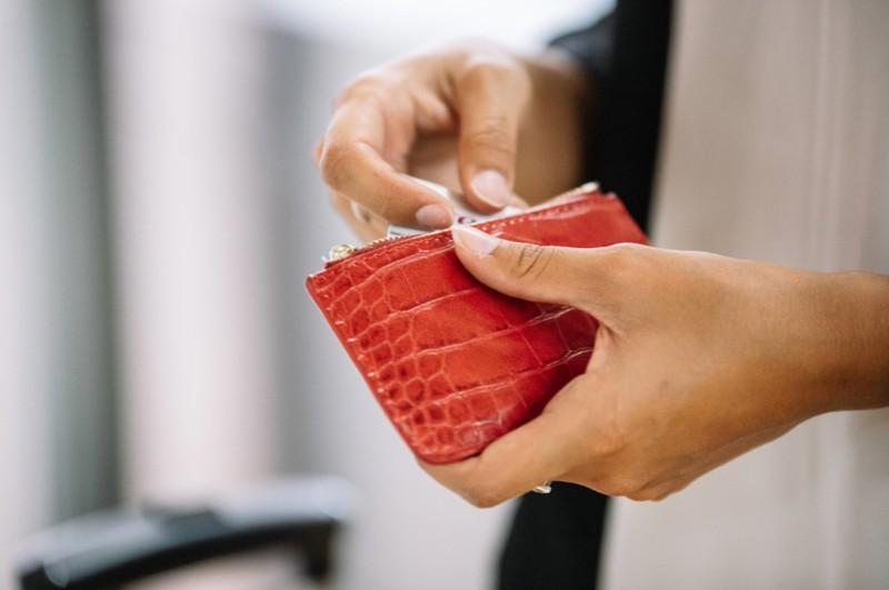 Ein Reddit Nutzer versteckt Geld vor seinen Eltern