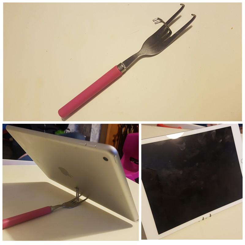 Eine Gabel wurde zu einem Laptopständer verbogen