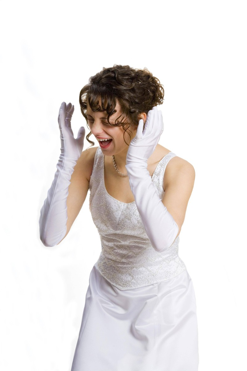 Die Frau, die er heiratete, machte ihn unglücklich, sodass er die Heirat bereute.