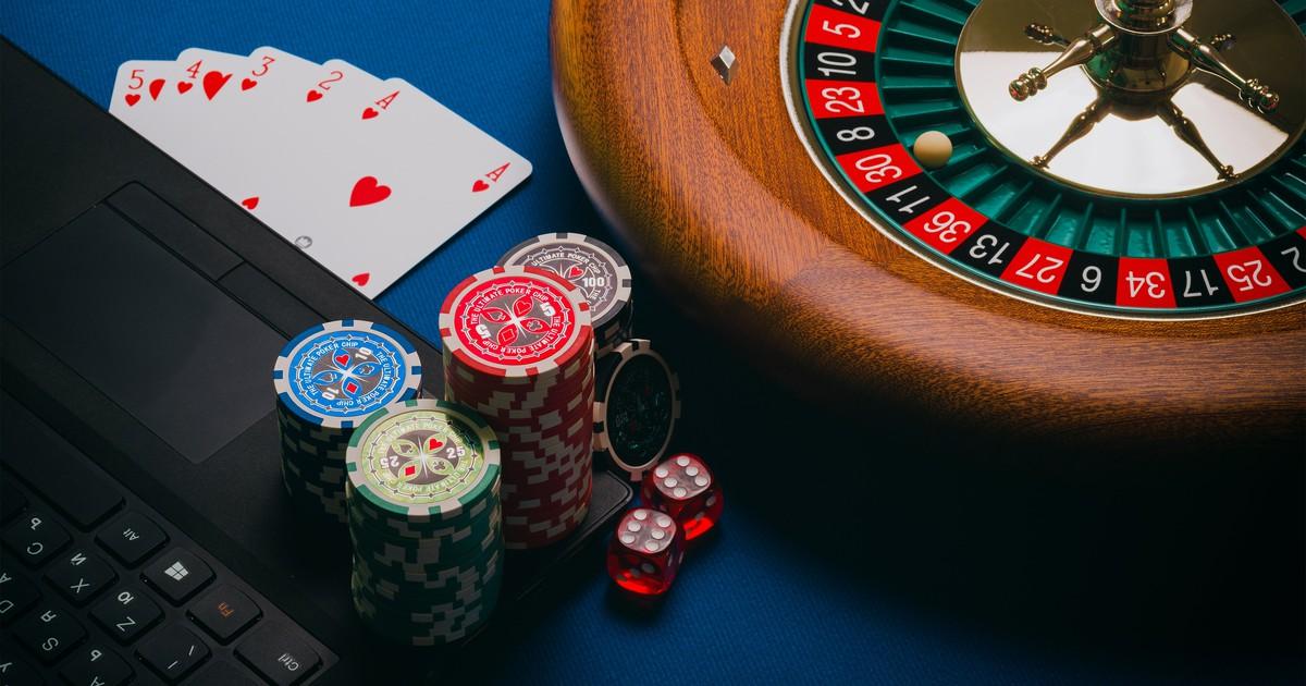 High Roller Casinos: Wo man unnütz unglaublich viel Geld ausgeben kann*