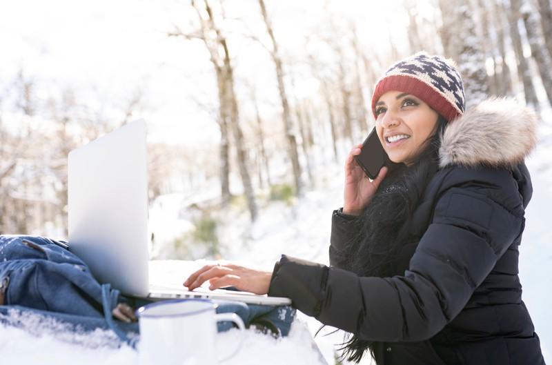 Mit den Tricks kommt dein Handy gut durch den Winter.
