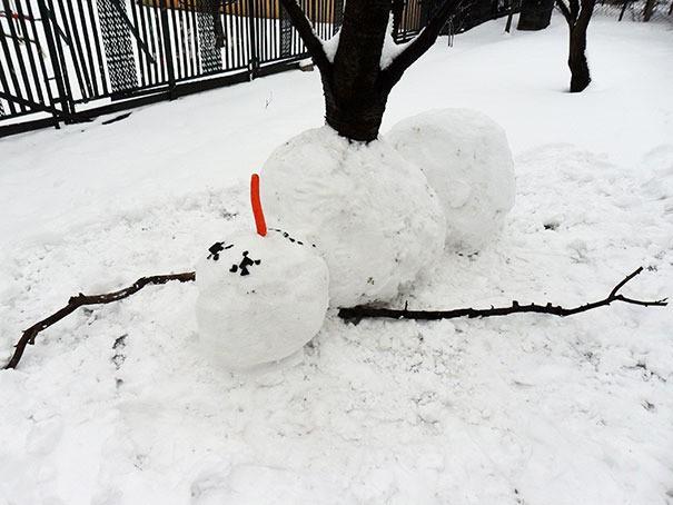 Der Schneemann ist tot, was eine kreative Idee war