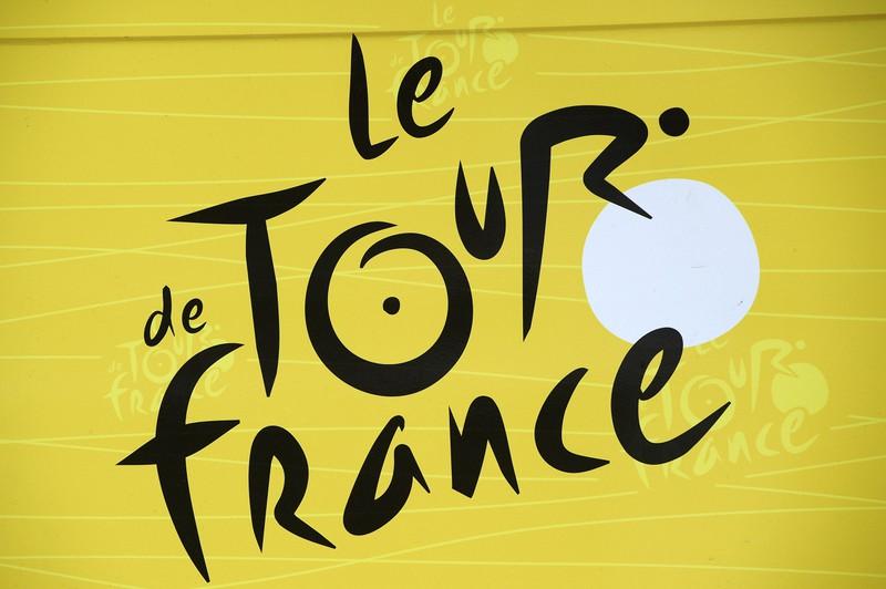In dem Logo der Tour de France versteckt sich ein Radfahrer